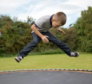 trampoline-436544_1280